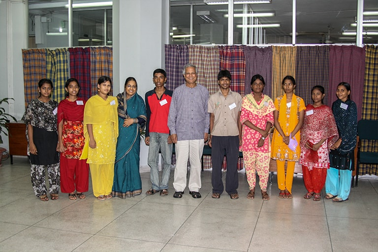 projects-bangladesh-grameen-04